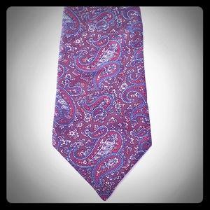 "L214, Covington, tie, red paisley pattern, 4"" wide"